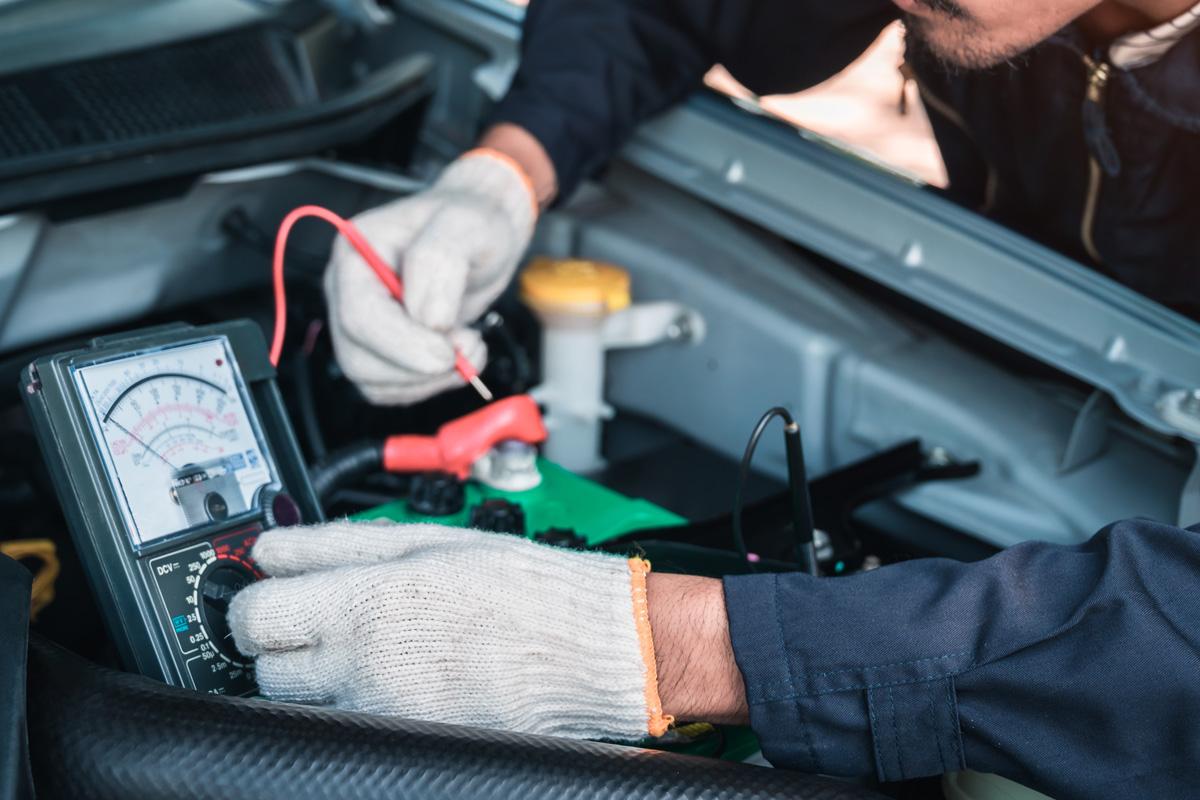 Cliente satisfecho: revisa la batería de su coche siempre que visite tu taller y más en invierno