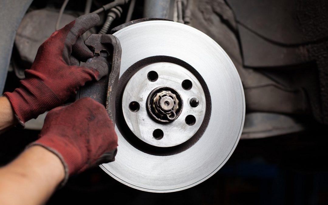 ¿Chirridos en los frenos? La solución eficaz para el cliente… y rentable para el taller