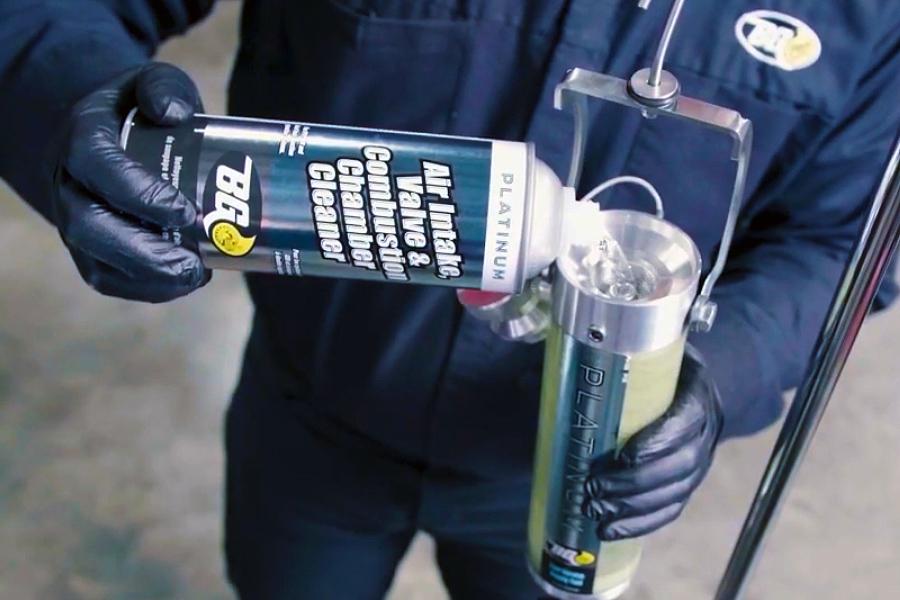 La forma más rentable y sencilla de limpiar las válvulas de admisión del motor de inyección directa de gasolina