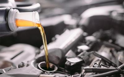 El toque de calidad y rentable para los cambios de aceite en el taller que ayudan a alargar (de verdad) la vida útil de los motores