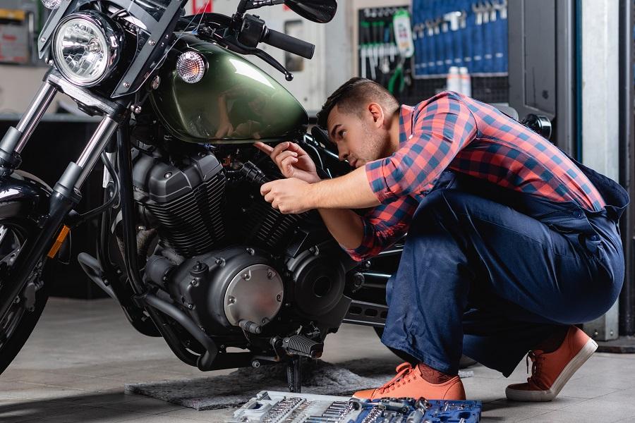 Sabías que también es posible restaurar la eficiencia de las motos de tus clientes con una sencilla operación en el taller
